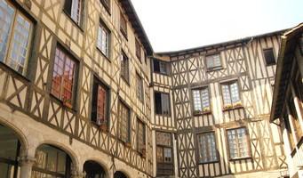 Fiche de Limoges Limoges_Cour_du_Temple