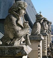 Fiche de Moulins Moulins_cathedrale_statues