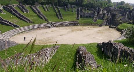 Fiche de Saintes Saintes_amphitheatre