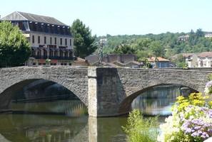 Fiche de Villefranche de Rouergue VFR_Pont_des_Consuls